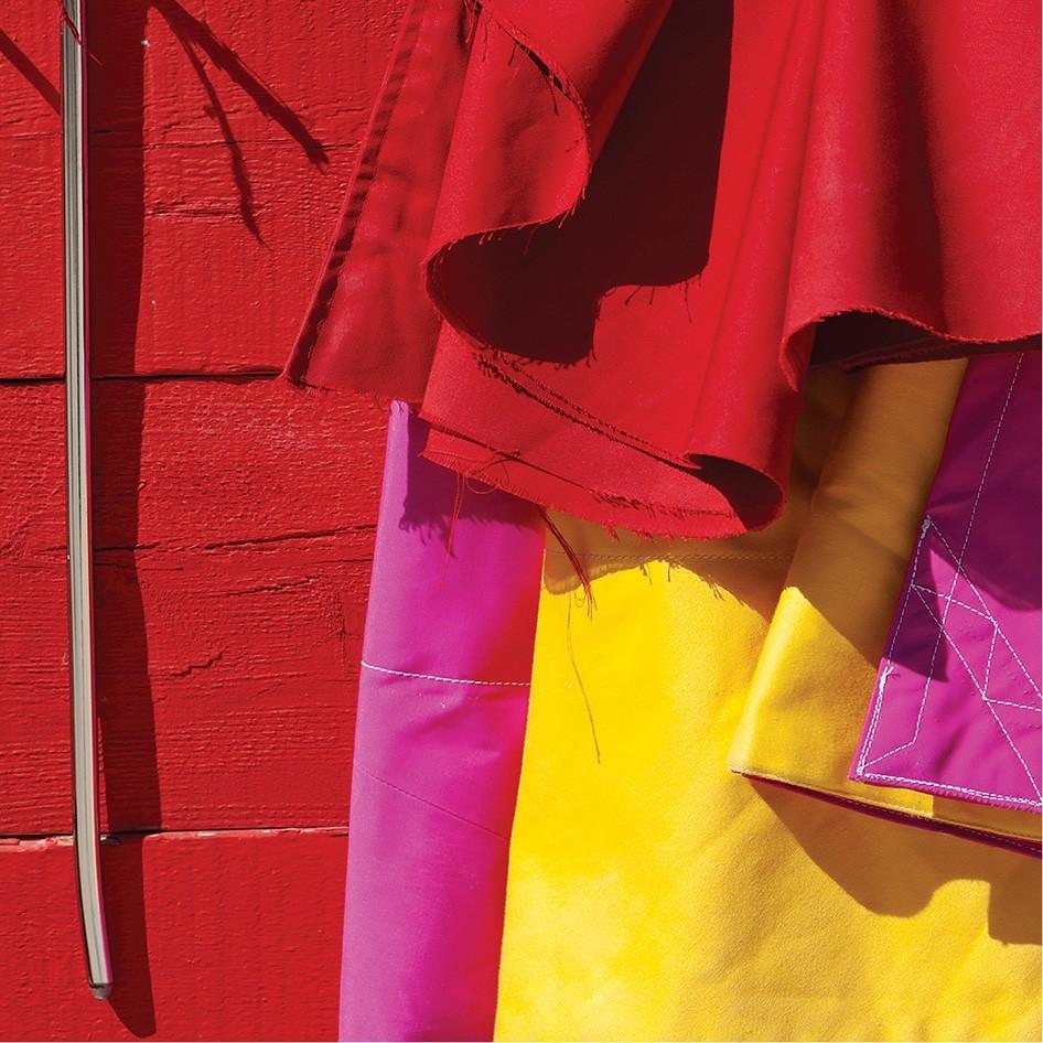 Tableau alu corrida muleta jaune rouge rose vertikale - Decoration murale rouge ...